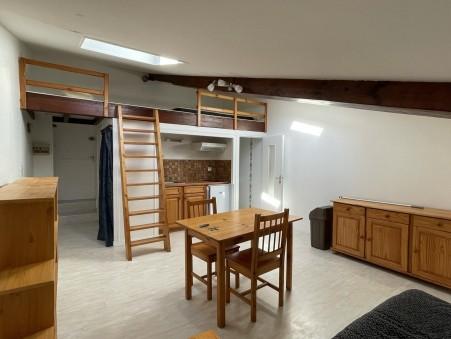 A louer appartement 390 €  Saintes
