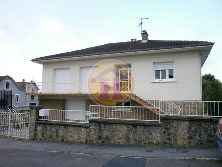 maison  792 €