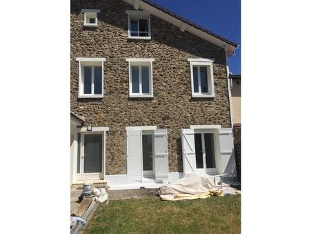 maison  1800 €