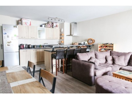 appartement  404000 €