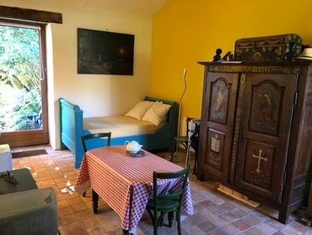 appartement  330 €
