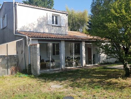 Vente Maison Saintes Réf. 914A - Slide 1