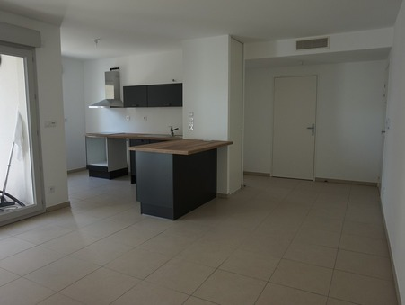 appartement  644 €