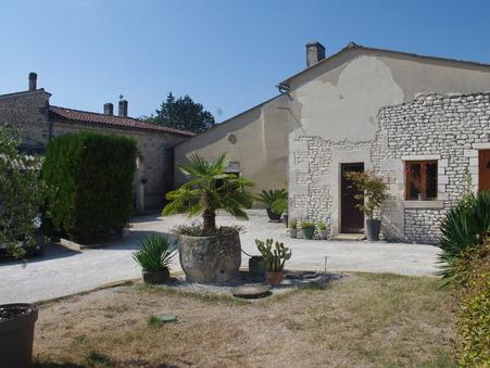 A vendre maison Pons 17800; 173000 €