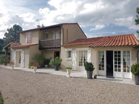 A vendre maison Saintes 17100; 364000 €