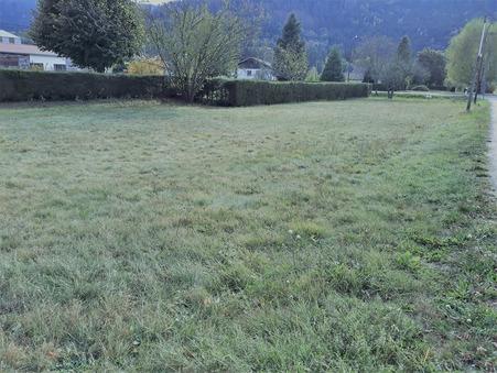 terrain  38600 €