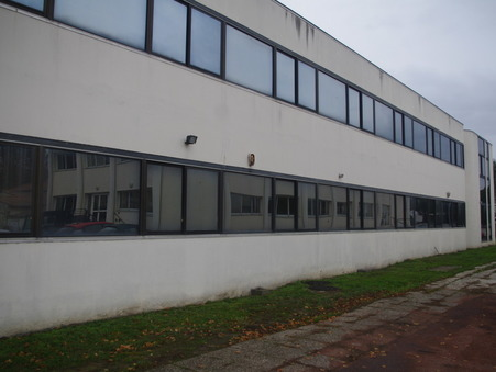 Professionnel sur Saintes ; 888250 € ; Achat Réf. 979