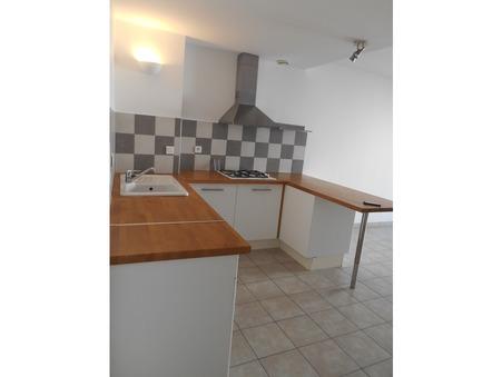 location appartement CAUMONT SUR DURANCE 680 €
