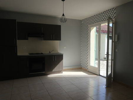 Location Appartement Beauchamp Réf. 001 - Slide 1