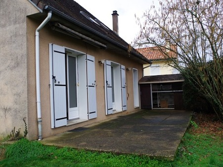 maison  830 €