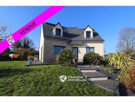 Saint-Nolff  324 000€