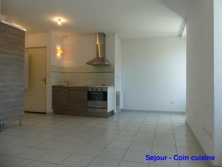 Location Appartement LANGOGNE Réf. 2012-07 - Slide 1