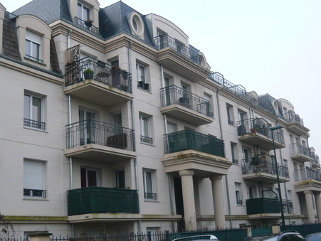 location appartement SAINT CYR L'ECOLE 34.7m2 729€
