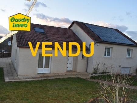 Vends maison VILLECOMTE 142 m²  246 500  €