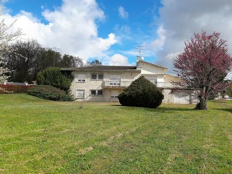 vente maison CHAMPNIERS 260m2 228800€