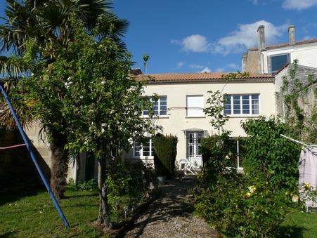 A vendre maison Pons 17800; 229950 €