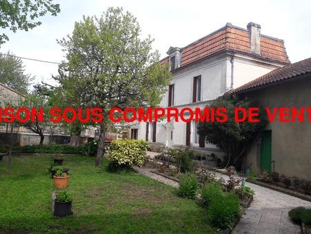 vente maison CHAMPNIERS 180m2 182000€