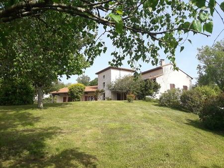 vente maison CHAMPNIERS 200m2 270400€