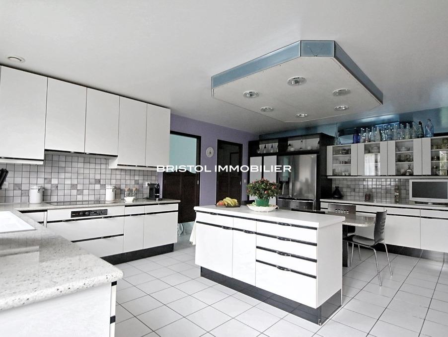 vente maison noisy le grand 236m 1100000 r f 938. Black Bedroom Furniture Sets. Home Design Ideas