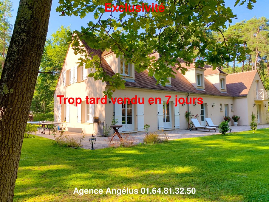 Maison Barbizon  693 000  �