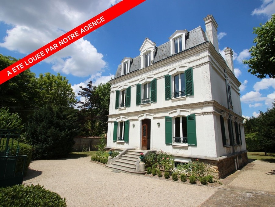 Maison LE VESINET 4 950  �