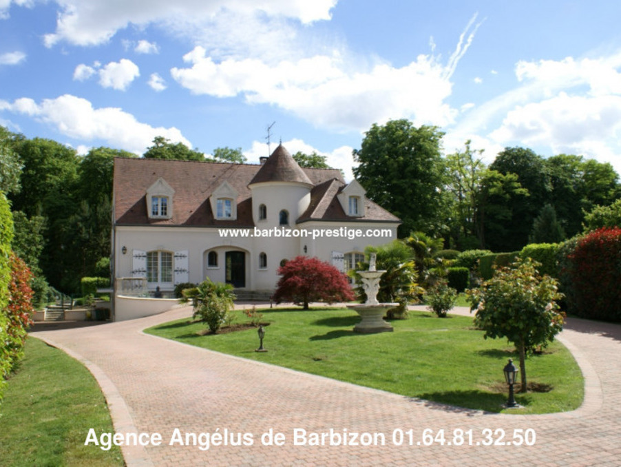 Maison Nainville les roches  649 000  �