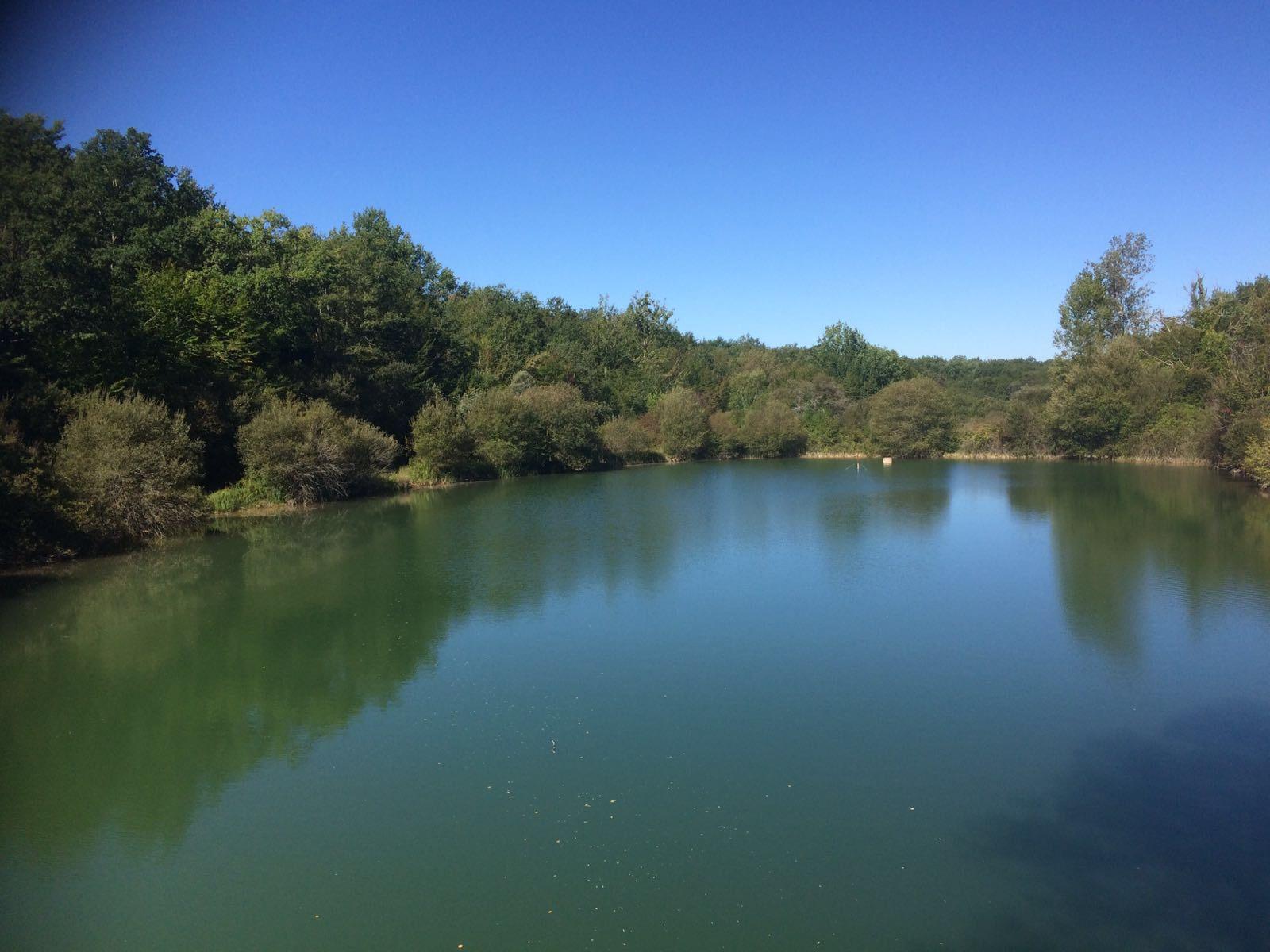Lake for sale France