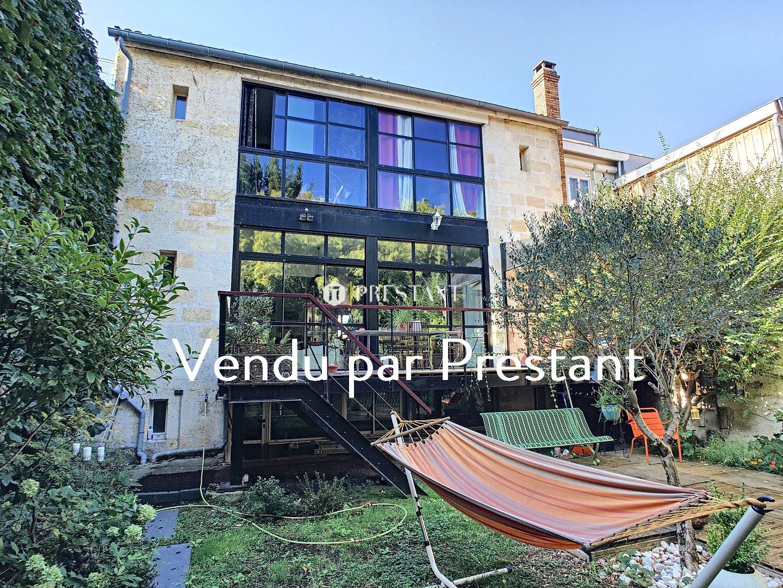 Maison BORDEAUX 1 100 000  �